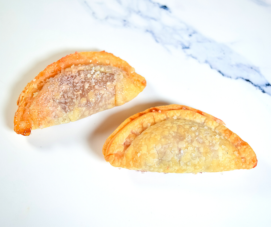 Egg Wash versus Water brushed on top of the mini pies for the air fryer.