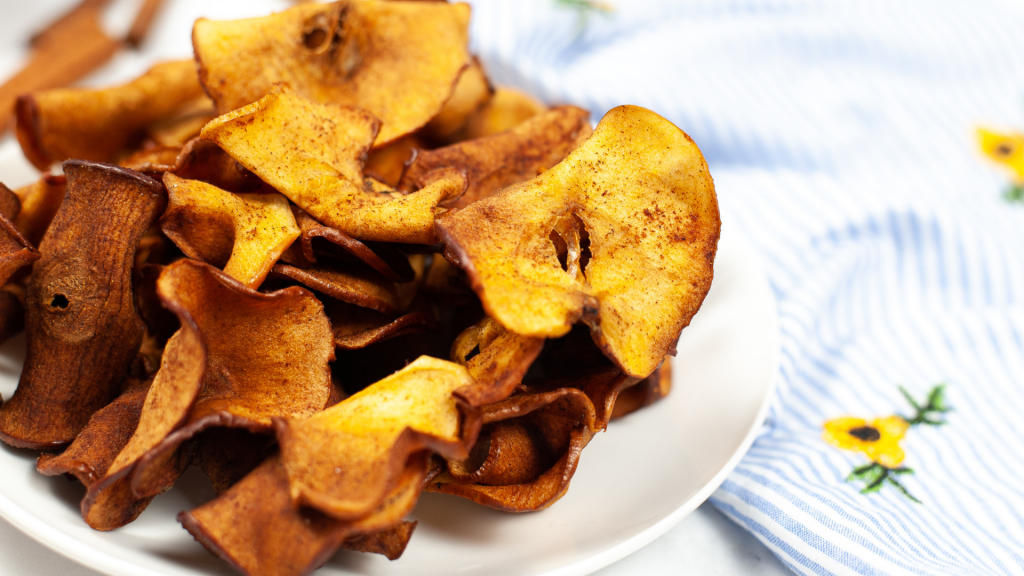 Finished Cinnamon and Sugar Apple Chips in the Air Fryer